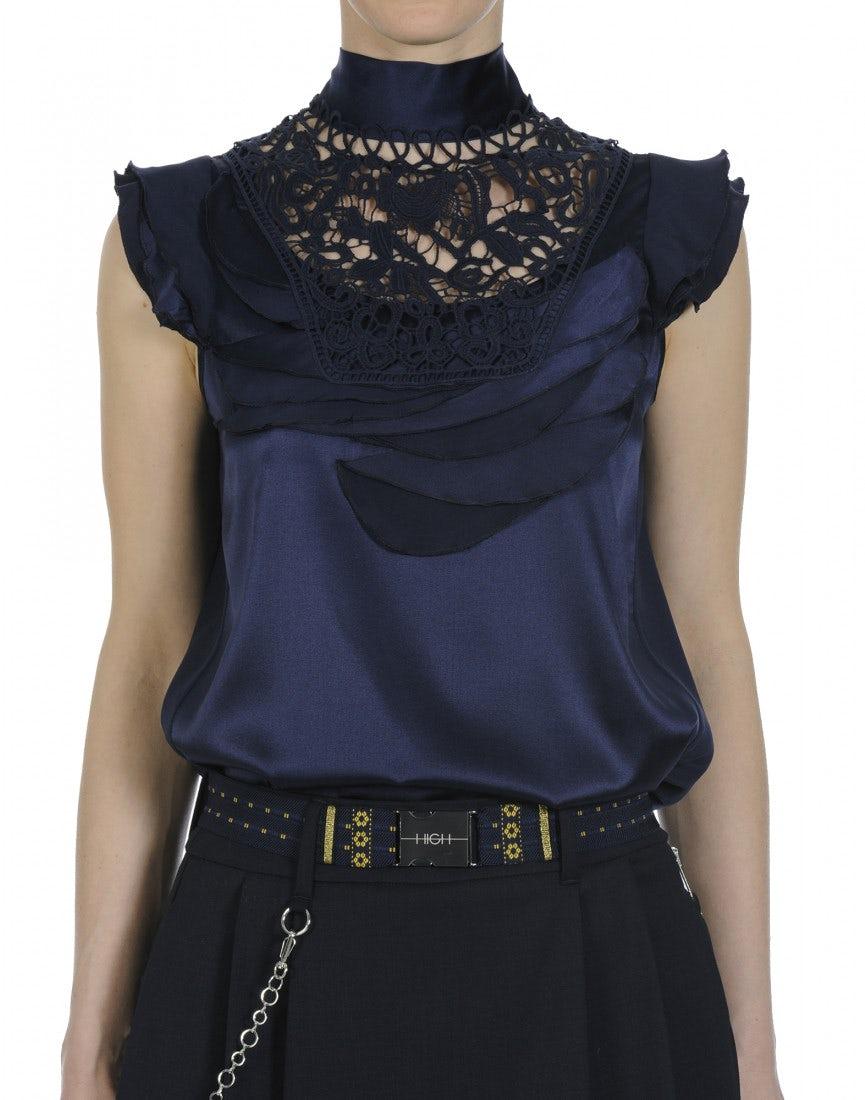 EVOKE  Top à col montant en soie noir avec une décoration effet pétale et  dentelle c7a00581c0b