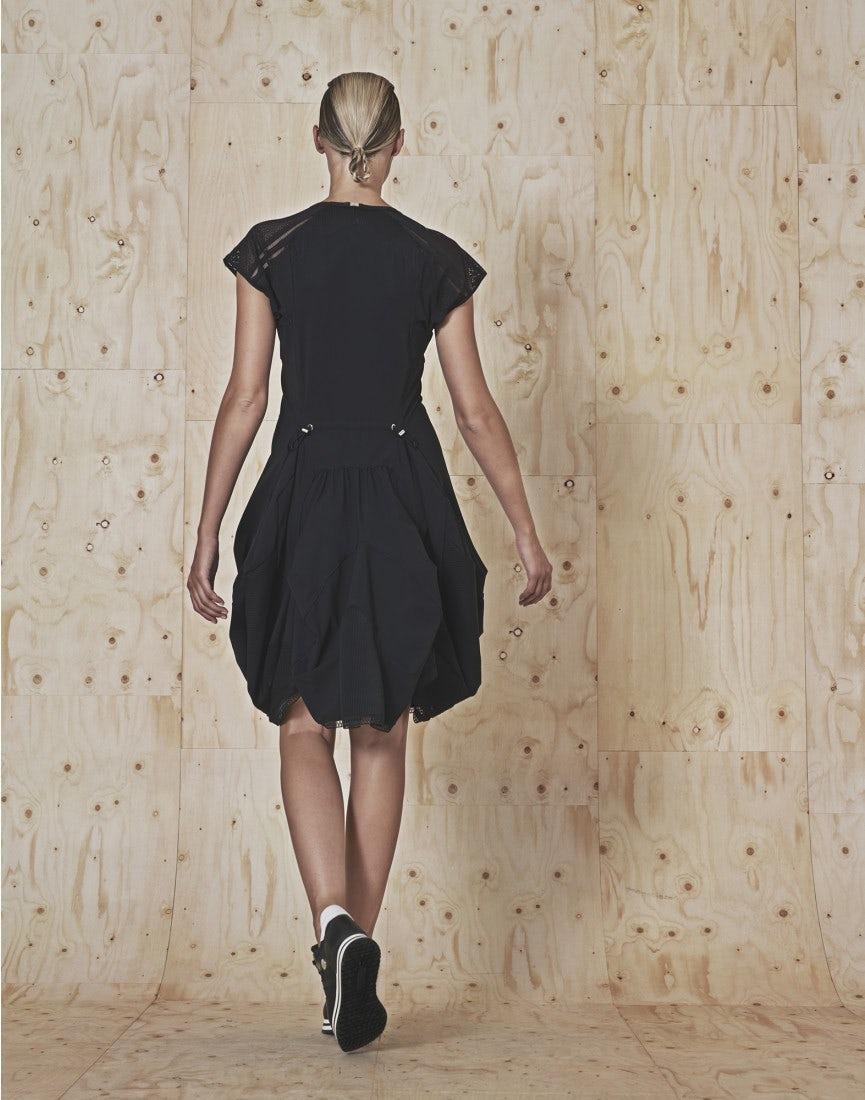 MIKADO: Kleid aus Sensitive® mit Passe aus Spitze und drapiertem Rock