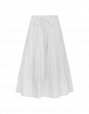 GLEEFUL: White skirt with quilted and embroidered hem