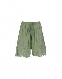 TRUSSEAU: Apple green Broderie Anglaise scallop hem shorts