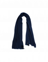 EFFORTLESS: Navy cashmere mix scarf