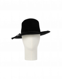 BRIMFUL: Wide brim hat in black wool felt