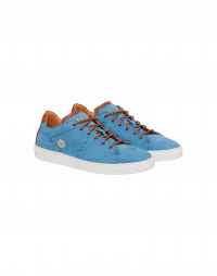 BYE-BYE: Classic sneakers in aqua suede with tan details