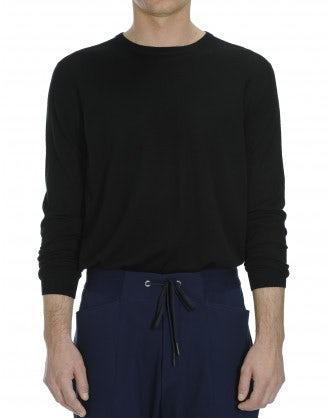 OBSERVE: Ultra-light wool black sweater