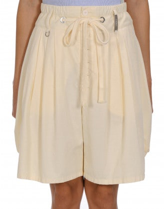 SCANTY: Cream cotton and linen 4 pleats shorts