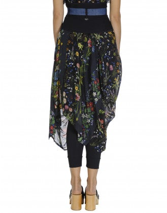 AVID: Navy basque on floral skirt