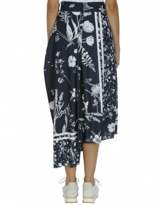 JAUNTY: Skirt-pant in navy and white floral jersey