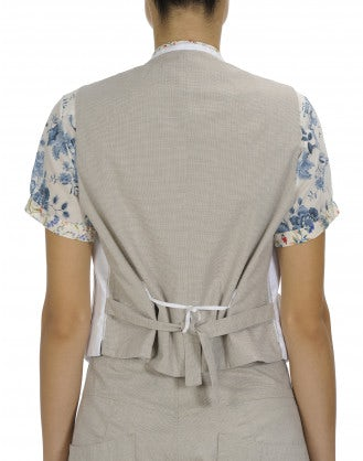 EARNEST: White front shirt gilet