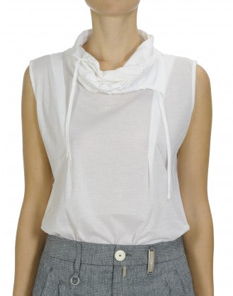 TENDER: Sleeveless cowl neck top