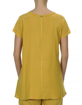 PROPOSE: T-shirt in modal e raso di seta giallo