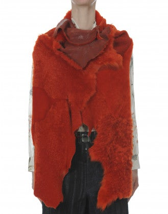 DAUNTLESS: Fire red shearling panel gilet
