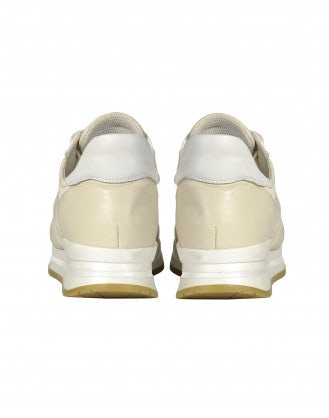 FRANTIC: Sneakers in vernice color crema