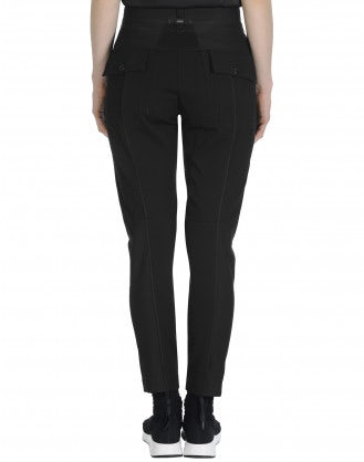 FLUSTER: Tapered leg pull-on pant