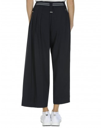 QUOTE: Asymmetric leg pant