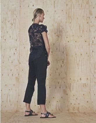 MINIMIZE: Pantaloni blu navy con arricciature e decorazione frontale