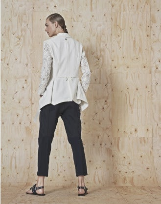 IN-MOTION: Pantaloni in twill tecnico e jersey con cuciture diagonali
