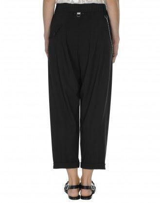 HASTEN: Pantaloni neri con pieghe frontali