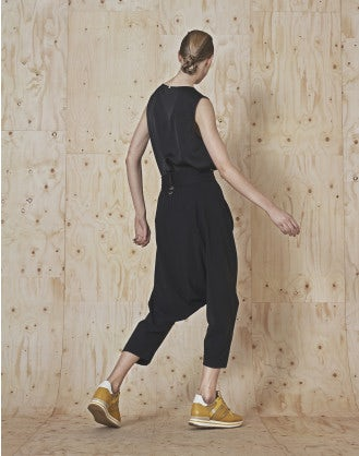 SKIRMISH: Pantaloni neri 3/4 in stile sarouel
