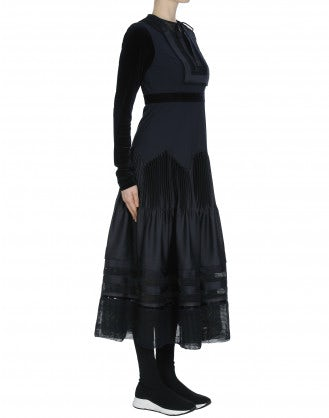 IMPRESS: Fabric mix dress with pleated skirt