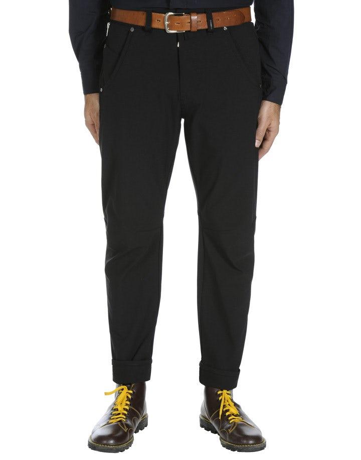 STEFAN: Man's tech-stretch jeans