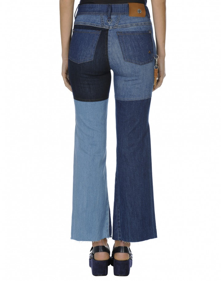RESPONSE: Jeans a campana con patchwork