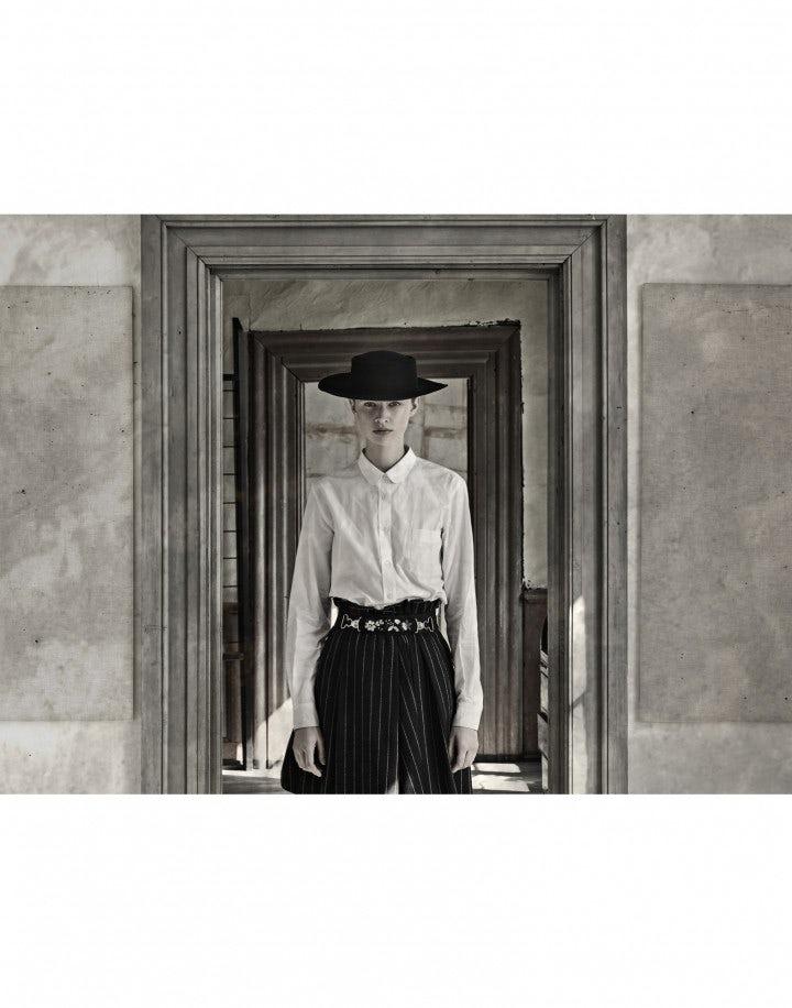 DEVOTE: White cotton shirt with soft round collar