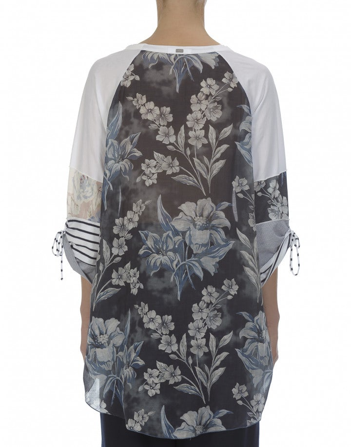 MISHMASH: T-shirt lunga con pannelli multipli