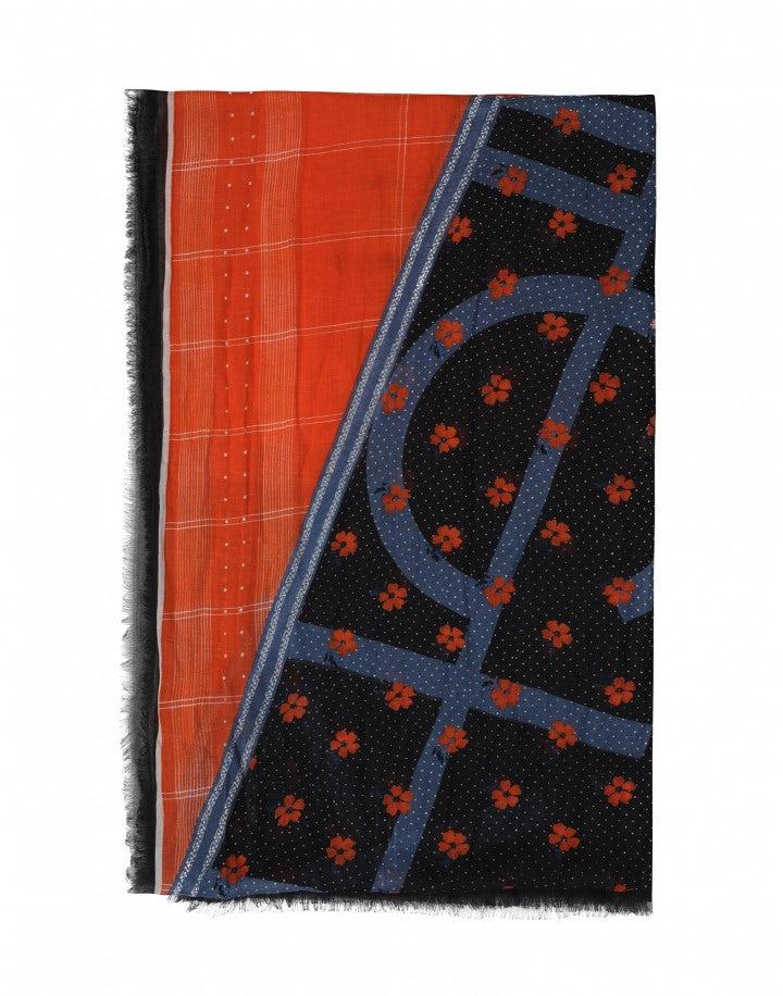 SPOT-ON: Sciarpa lunga in modal e seta a righe con motivi floreali