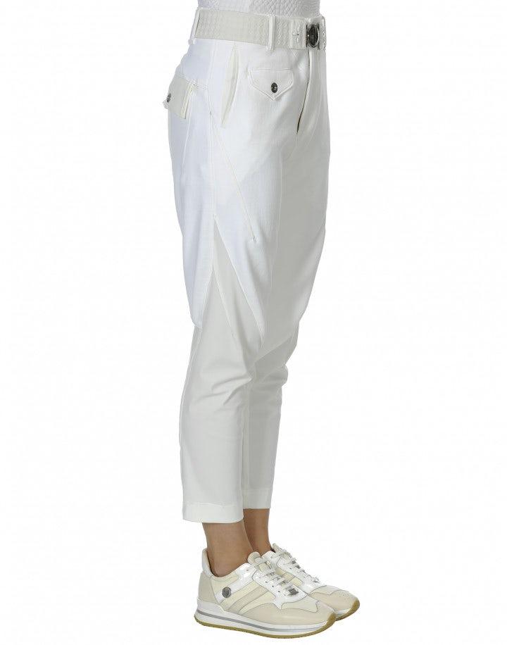 IN-MOTION: Pantaloni in twill tecnico e jersey con cuciture diagonali
